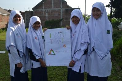 Kelompok Nindya, Aulia, Fatya, Tianny | Math Book